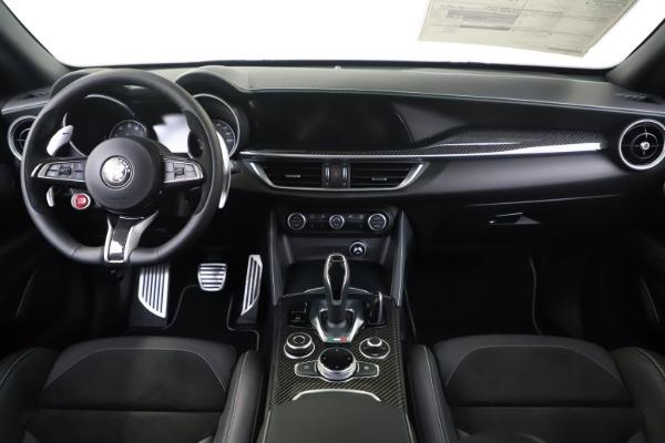 New 2020 Alfa Romeo Stelvio Quadrifoglio for sale $88,845 at Alfa Romeo of Greenwich in Greenwich CT 06830 16