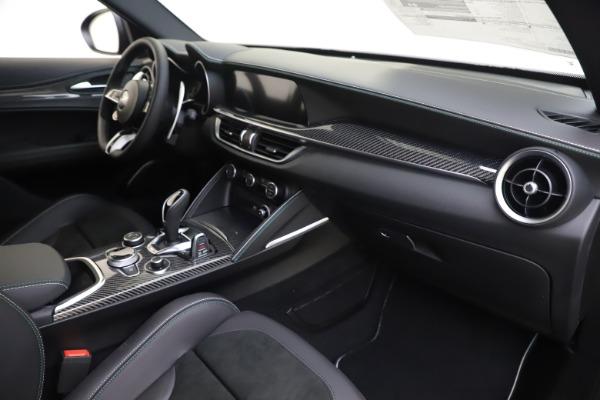 New 2020 Alfa Romeo Stelvio Quadrifoglio for sale $88,845 at Alfa Romeo of Greenwich in Greenwich CT 06830 22