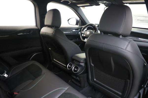 New 2020 Alfa Romeo Stelvio Quadrifoglio for sale $88,845 at Alfa Romeo of Greenwich in Greenwich CT 06830 28