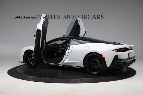 New 2020 McLaren GT Coupe for sale $257,242 at Alfa Romeo of Greenwich in Greenwich CT 06830 12