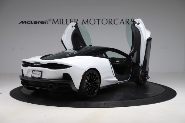 New 2020 McLaren GT Coupe for sale $257,242 at Alfa Romeo of Greenwich in Greenwich CT 06830 14