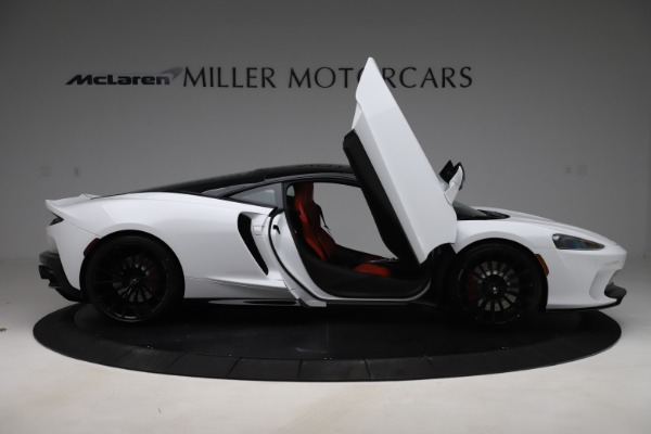 New 2020 McLaren GT Coupe for sale $257,242 at Alfa Romeo of Greenwich in Greenwich CT 06830 15