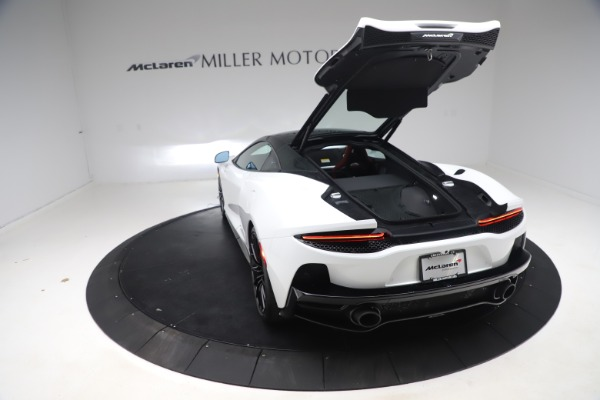 New 2020 McLaren GT Coupe for sale $257,242 at Alfa Romeo of Greenwich in Greenwich CT 06830 17