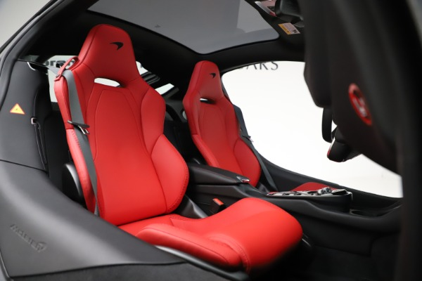 New 2020 McLaren GT Coupe for sale $257,242 at Alfa Romeo of Greenwich in Greenwich CT 06830 19