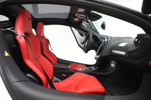 New 2020 McLaren GT Coupe for sale $257,242 at Alfa Romeo of Greenwich in Greenwich CT 06830 20