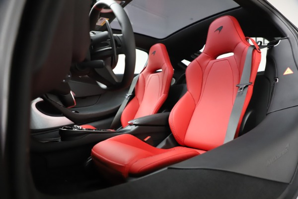 New 2020 McLaren GT Coupe for sale $257,242 at Alfa Romeo of Greenwich in Greenwich CT 06830 21
