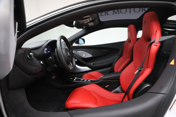 New 2020 McLaren GT Coupe for sale $257,242 at Alfa Romeo of Greenwich in Greenwich CT 06830 22