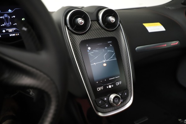 New 2020 McLaren GT Coupe for sale $257,242 at Alfa Romeo of Greenwich in Greenwich CT 06830 26