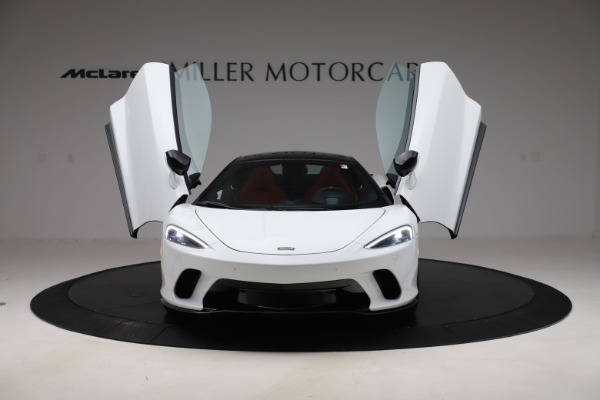 New 2020 McLaren GT Coupe for sale $257,242 at Alfa Romeo of Greenwich in Greenwich CT 06830 9