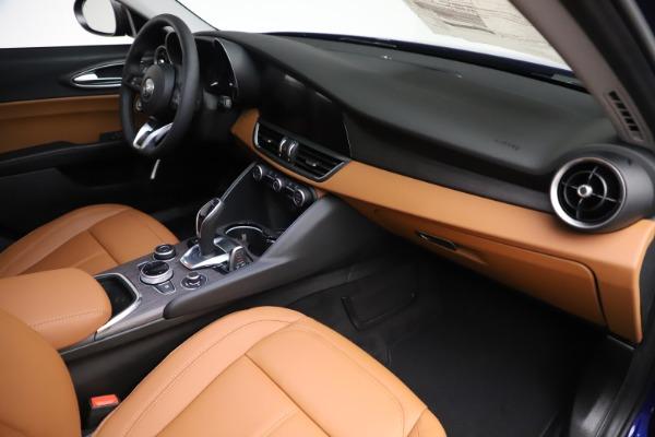 New 2020 Alfa Romeo Giulia Ti Q4 for sale $51,145 at Alfa Romeo of Greenwich in Greenwich CT 06830 22