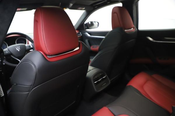 New 2020 Maserati Ghibli S Q4 GranSport for sale $94,785 at Alfa Romeo of Greenwich in Greenwich CT 06830 20
