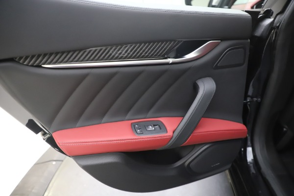 New 2020 Maserati Ghibli S Q4 GranSport for sale $94,785 at Alfa Romeo of Greenwich in Greenwich CT 06830 21