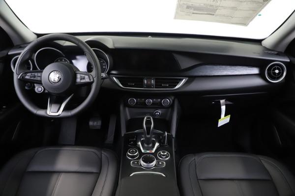 New 2020 Alfa Romeo Stelvio Sport Q4 for sale $49,695 at Alfa Romeo of Greenwich in Greenwich CT 06830 16