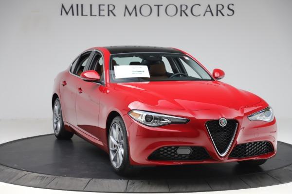New 2020 Alfa Romeo Giulia Q4 for sale $46,395 at Alfa Romeo of Greenwich in Greenwich CT 06830 11