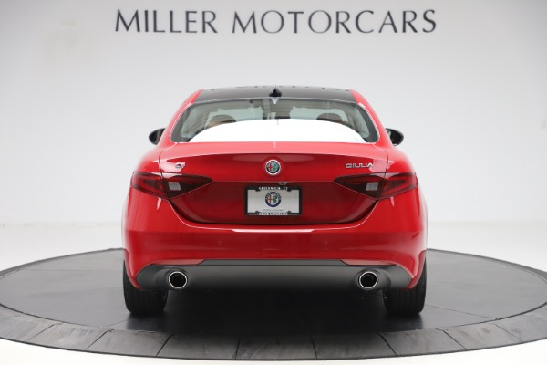 New 2020 Alfa Romeo Giulia Q4 for sale $46,395 at Alfa Romeo of Greenwich in Greenwich CT 06830 6