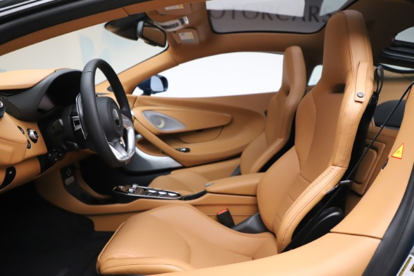 New 2020 McLaren GT Coupe for sale $236,675 at Alfa Romeo of Greenwich in Greenwich CT 06830 15