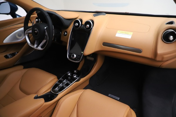 New 2020 McLaren GT Luxe for sale $236,675 at Alfa Romeo of Greenwich in Greenwich CT 06830 19