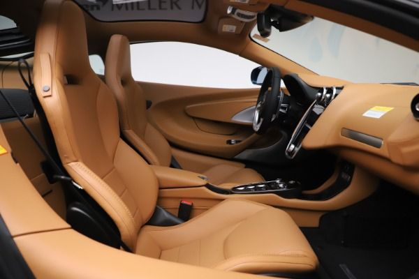 New 2020 McLaren GT Luxe for sale $236,675 at Alfa Romeo of Greenwich in Greenwich CT 06830 20