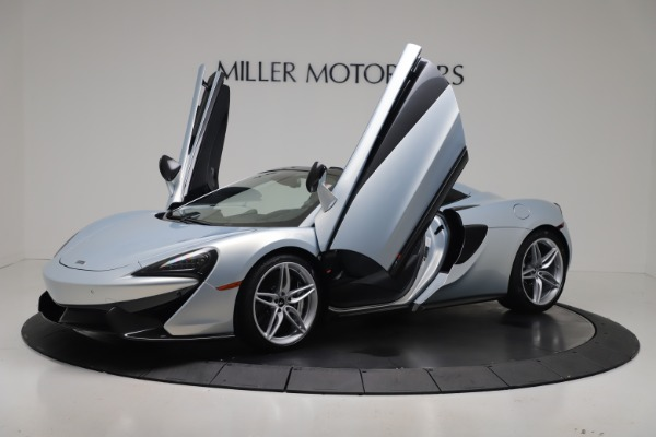 New 2020 McLaren 570S Spider Convertible for sale $256,990 at Alfa Romeo of Greenwich in Greenwich CT 06830 24