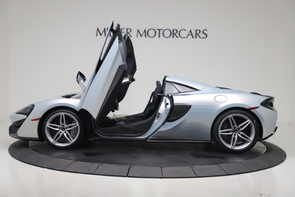 New 2020 McLaren 570S Spider Convertible for sale $256,990 at Alfa Romeo of Greenwich in Greenwich CT 06830 25