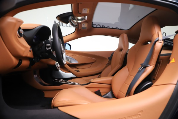 New 2020 McLaren GT Coupe for sale $244,675 at Alfa Romeo of Greenwich in Greenwich CT 06830 16