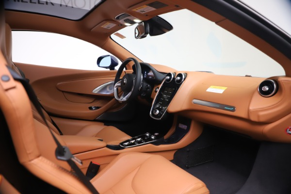 New 2020 McLaren GT Coupe for sale $244,675 at Alfa Romeo of Greenwich in Greenwich CT 06830 18