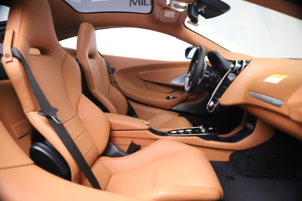 New 2020 McLaren GT Coupe for sale $244,675 at Alfa Romeo of Greenwich in Greenwich CT 06830 19