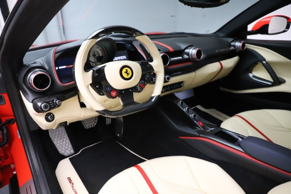Used 2019 Ferrari 812 Superfast for sale $365,900 at Alfa Romeo of Greenwich in Greenwich CT 06830 13