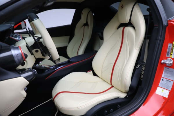 Used 2019 Ferrari 812 Superfast for sale $365,900 at Alfa Romeo of Greenwich in Greenwich CT 06830 15