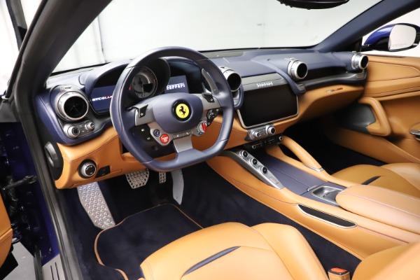 Used 2017 Ferrari GTC4Lusso for sale $204,900 at Alfa Romeo of Greenwich in Greenwich CT 06830 13