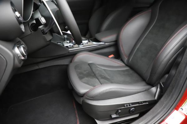 New 2020 Alfa Romeo Giulia Quadrifoglio for sale $83,590 at Alfa Romeo of Greenwich in Greenwich CT 06830 15