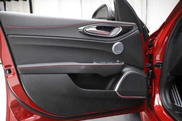 New 2020 Alfa Romeo Giulia Quadrifoglio for sale $83,590 at Alfa Romeo of Greenwich in Greenwich CT 06830 17