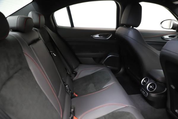 New 2020 Alfa Romeo Giulia Quadrifoglio for sale $83,590 at Alfa Romeo of Greenwich in Greenwich CT 06830 27