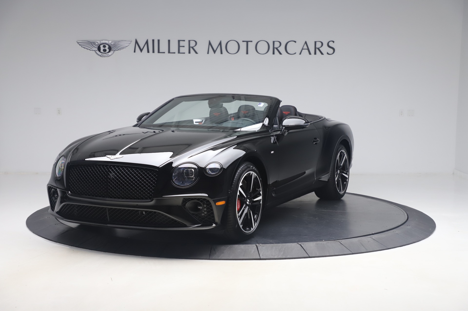 New 2020 Bentley Continental GTC V8 for sale $275,045 at Alfa Romeo of Greenwich in Greenwich CT 06830 1