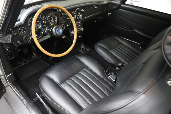Used 1964 Aston Martin DB5 for sale Call for price at Alfa Romeo of Greenwich in Greenwich CT 06830 15