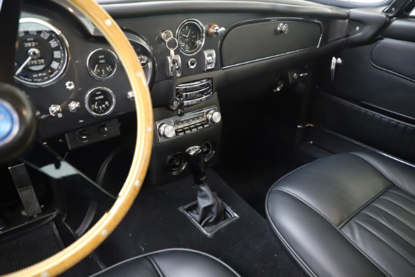 Used 1964 Aston Martin DB5 for sale Call for price at Alfa Romeo of Greenwich in Greenwich CT 06830 20