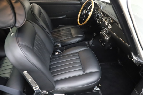 Used 1964 Aston Martin DB5 for sale Call for price at Alfa Romeo of Greenwich in Greenwich CT 06830 25