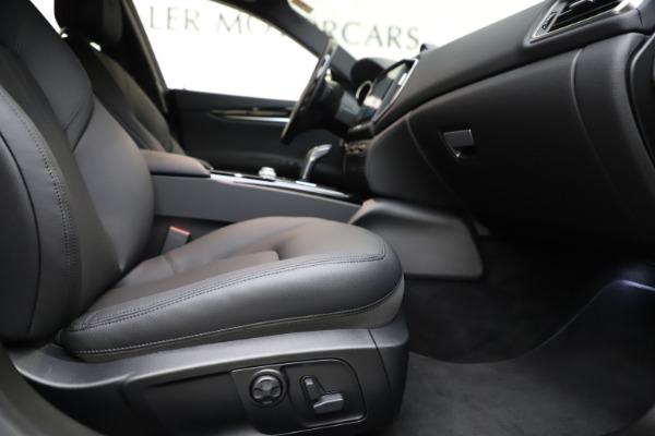 New 2019 Maserati Ghibli S Q4 for sale $91,165 at Alfa Romeo of Greenwich in Greenwich CT 06830 22
