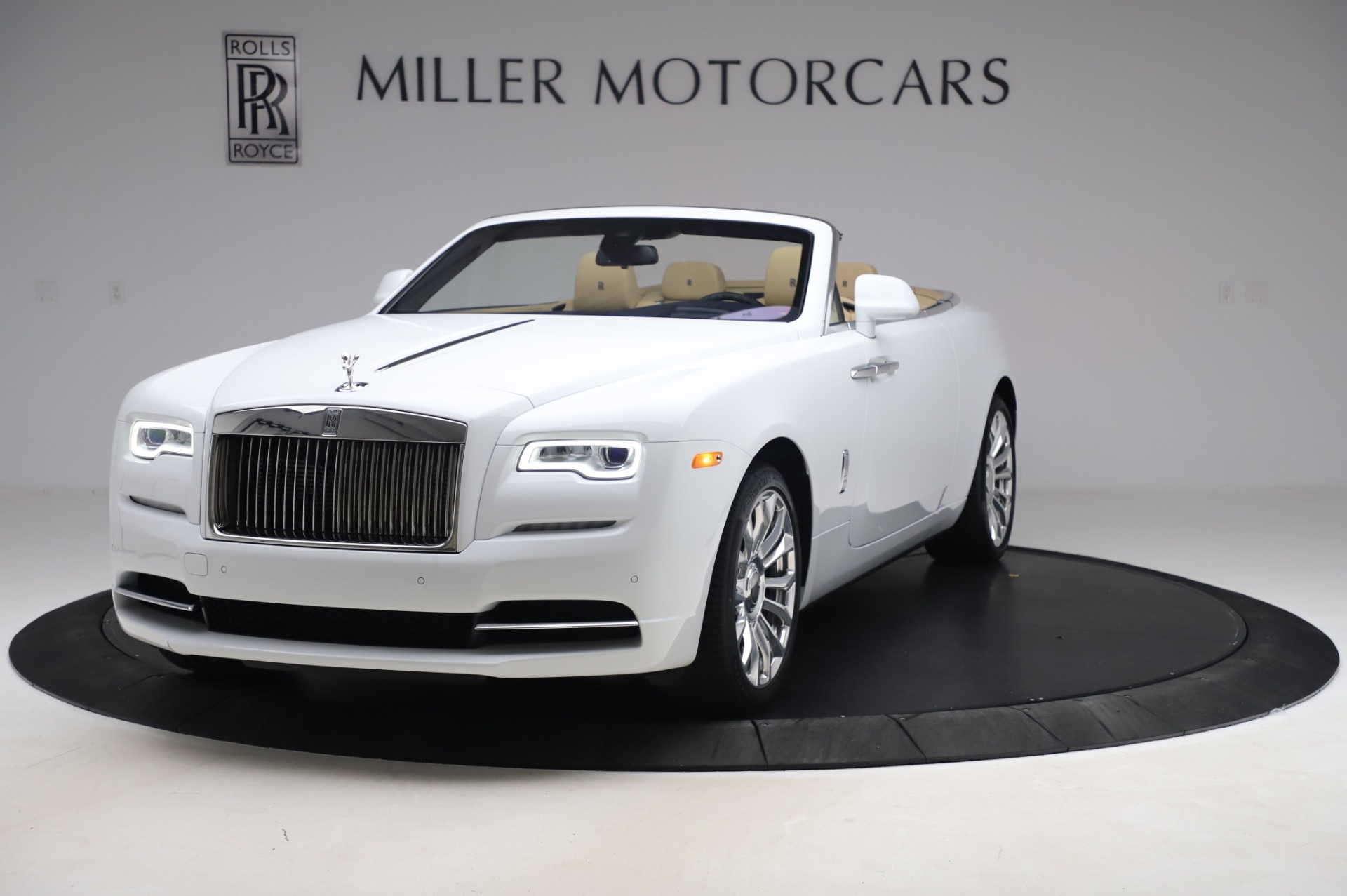 New 2020 Rolls-Royce Dawn for sale $382,100 at Alfa Romeo of Greenwich in Greenwich CT 06830 1