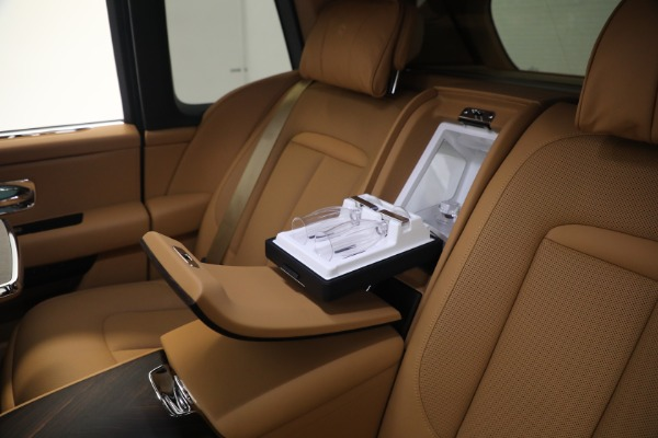 Used 2020 Rolls-Royce Cullinan for sale Call for price at Alfa Romeo of Greenwich in Greenwich CT 06830 21