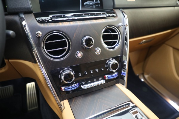 Used 2020 Rolls-Royce Cullinan for sale Call for price at Alfa Romeo of Greenwich in Greenwich CT 06830 24
