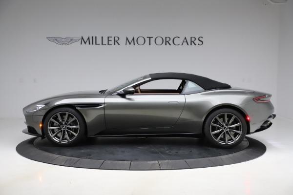 New 2020 Aston Martin DB11 Volante Convertible for sale $264,266 at Alfa Romeo of Greenwich in Greenwich CT 06830 22
