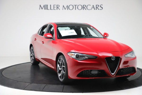 New 2020 Alfa Romeo Giulia Ti Q4 for sale $47,745 at Alfa Romeo of Greenwich in Greenwich CT 06830 10