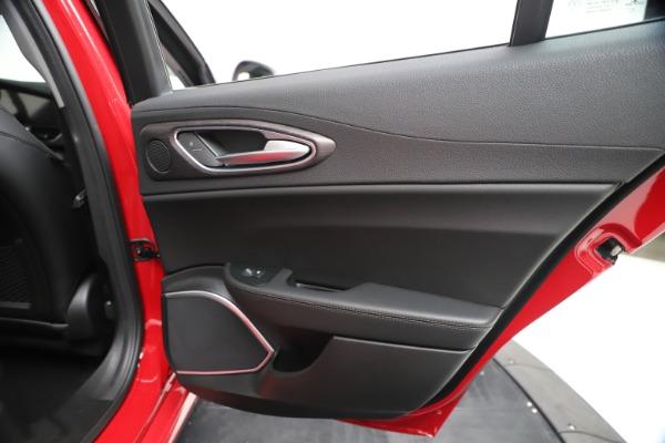 New 2020 Alfa Romeo Giulia Ti Q4 for sale $47,745 at Alfa Romeo of Greenwich in Greenwich CT 06830 28