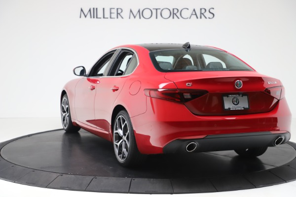 New 2020 Alfa Romeo Giulia Ti Q4 for sale $47,745 at Alfa Romeo of Greenwich in Greenwich CT 06830 5