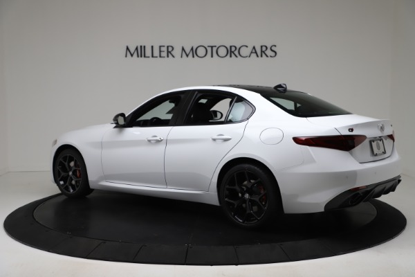 New 2020 Alfa Romeo Giulia Sport Q4 for sale $49,145 at Alfa Romeo of Greenwich in Greenwich CT 06830 4