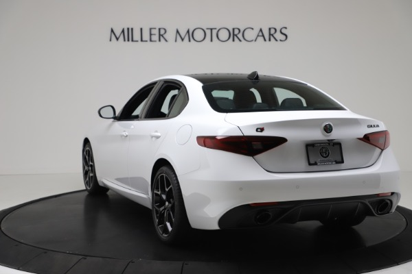 New 2020 Alfa Romeo Giulia Sport Q4 for sale $49,145 at Alfa Romeo of Greenwich in Greenwich CT 06830 5