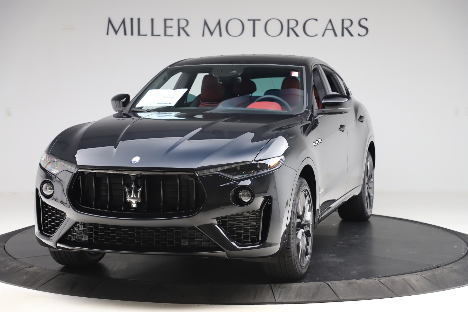 New 2020 Maserati Levante S Q4 GranSport for sale $99,985 at Alfa Romeo of Greenwich in Greenwich CT 06830 1