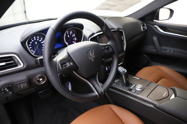 New 2020 Maserati Ghibli S Q4 for sale Sold at Alfa Romeo of Greenwich in Greenwich CT 06830 13
