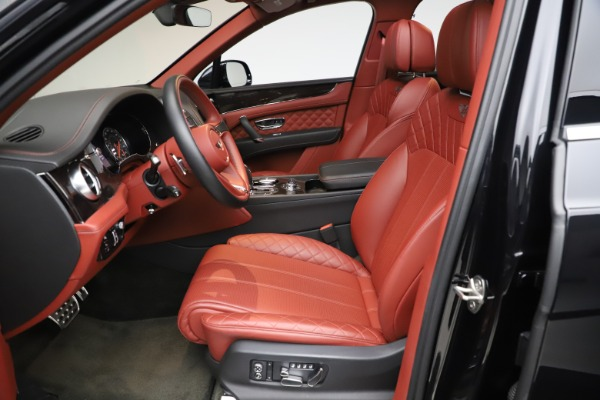 Used 2017 Bentley Bentayga W12 for sale $145,900 at Alfa Romeo of Greenwich in Greenwich CT 06830 18
